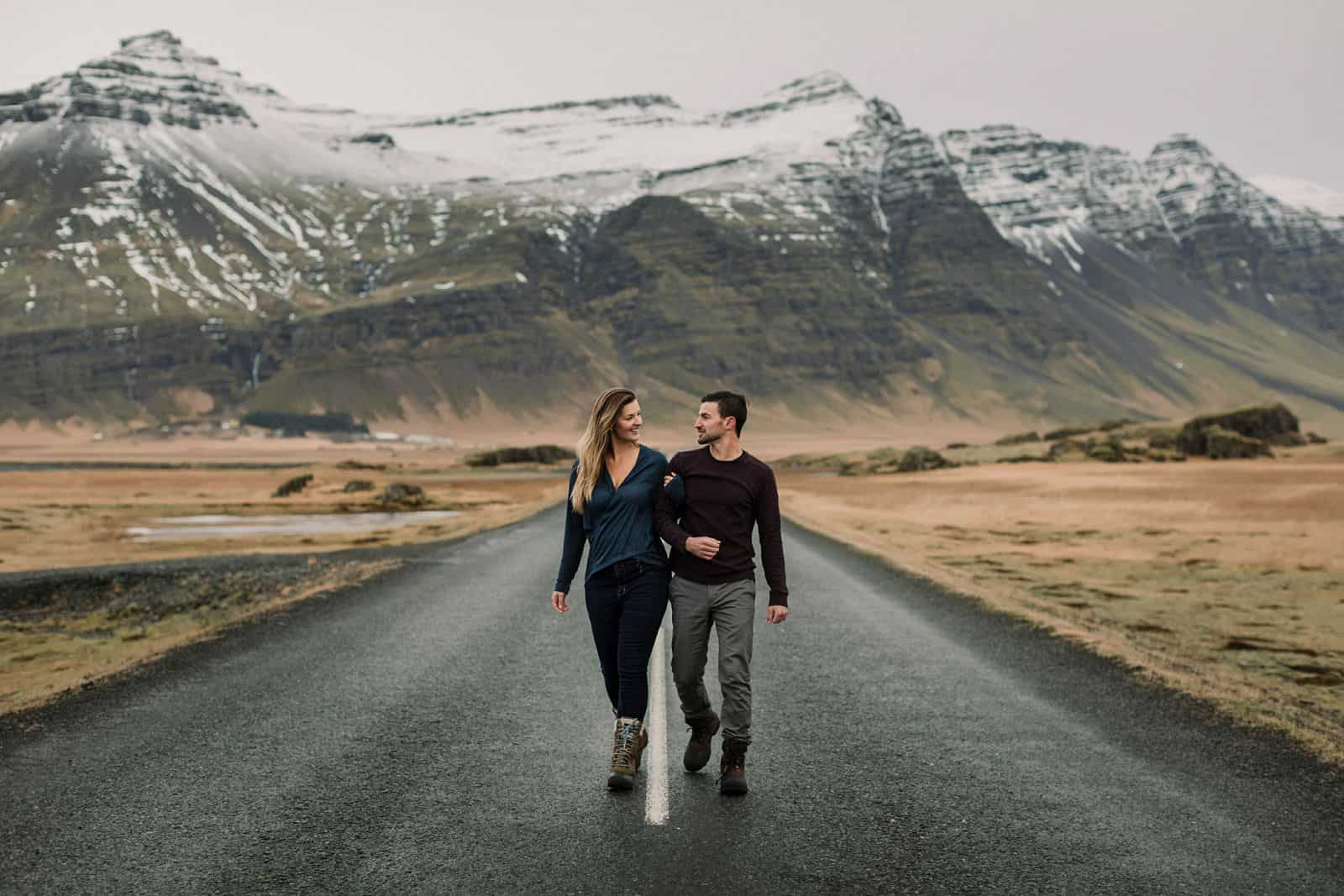 engagement-photos-iceland-blue-lagoon_0028