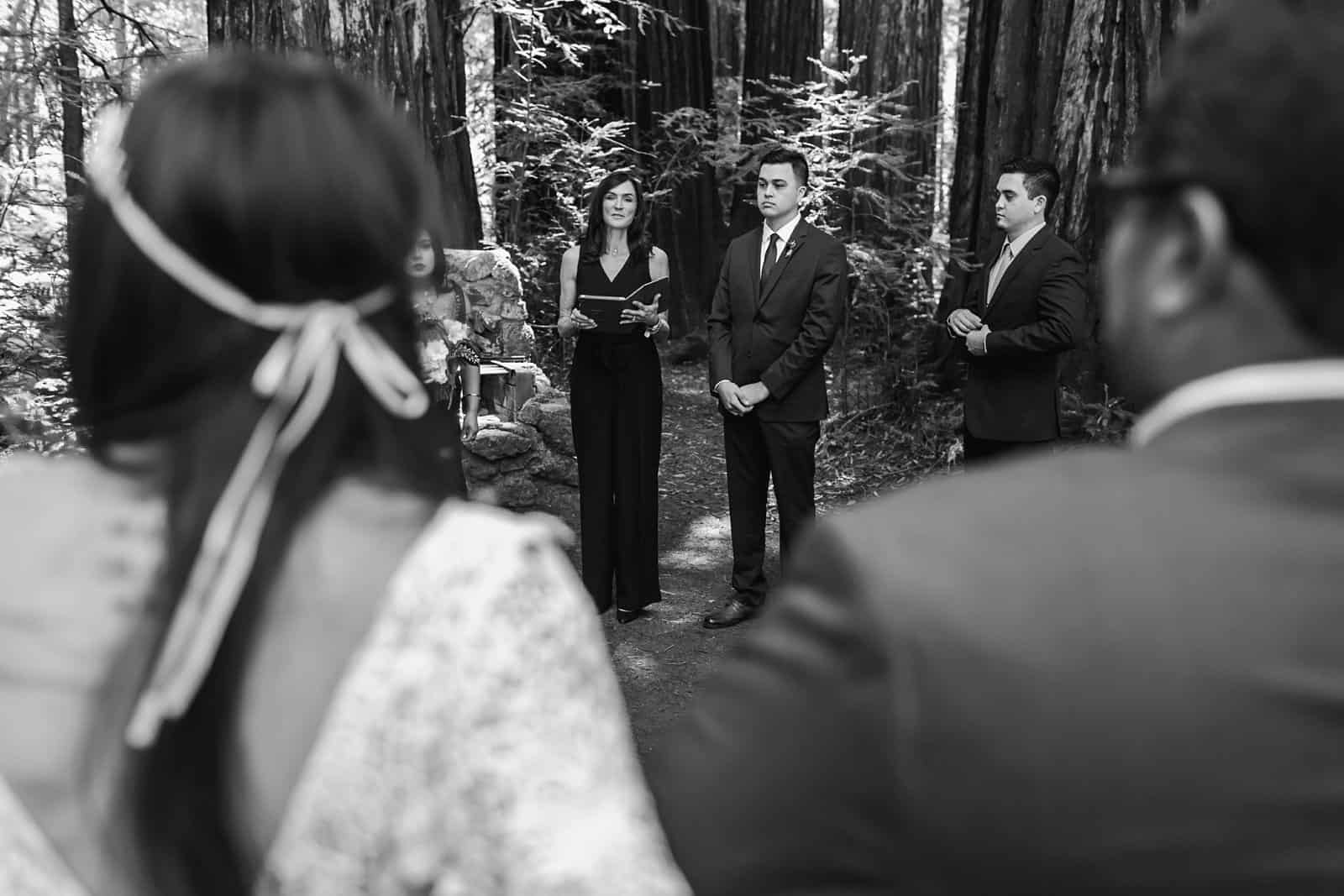 intimate-wedding-in-the-woods-sonoma_0026