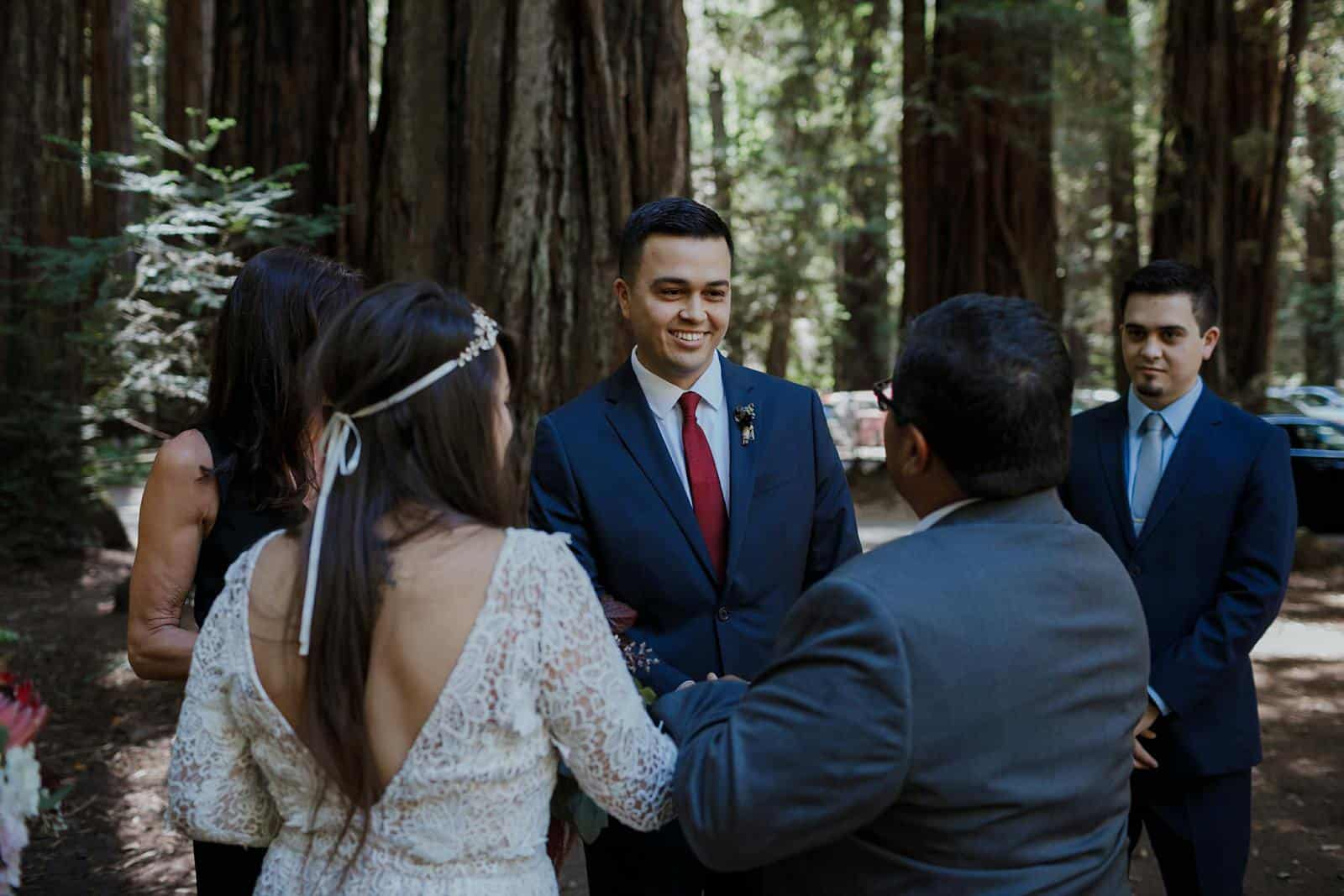 intimate-wedding-in-the-woods-sonoma_0027