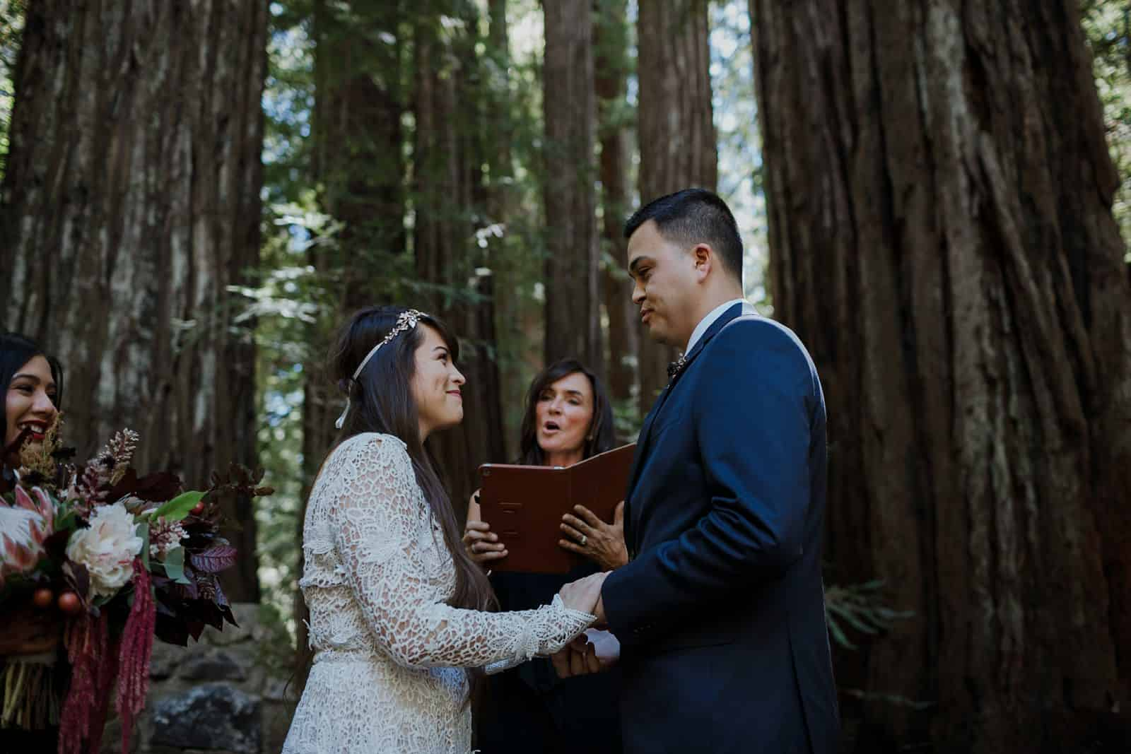 intimate-wedding-in-the-woods-sonoma_0035