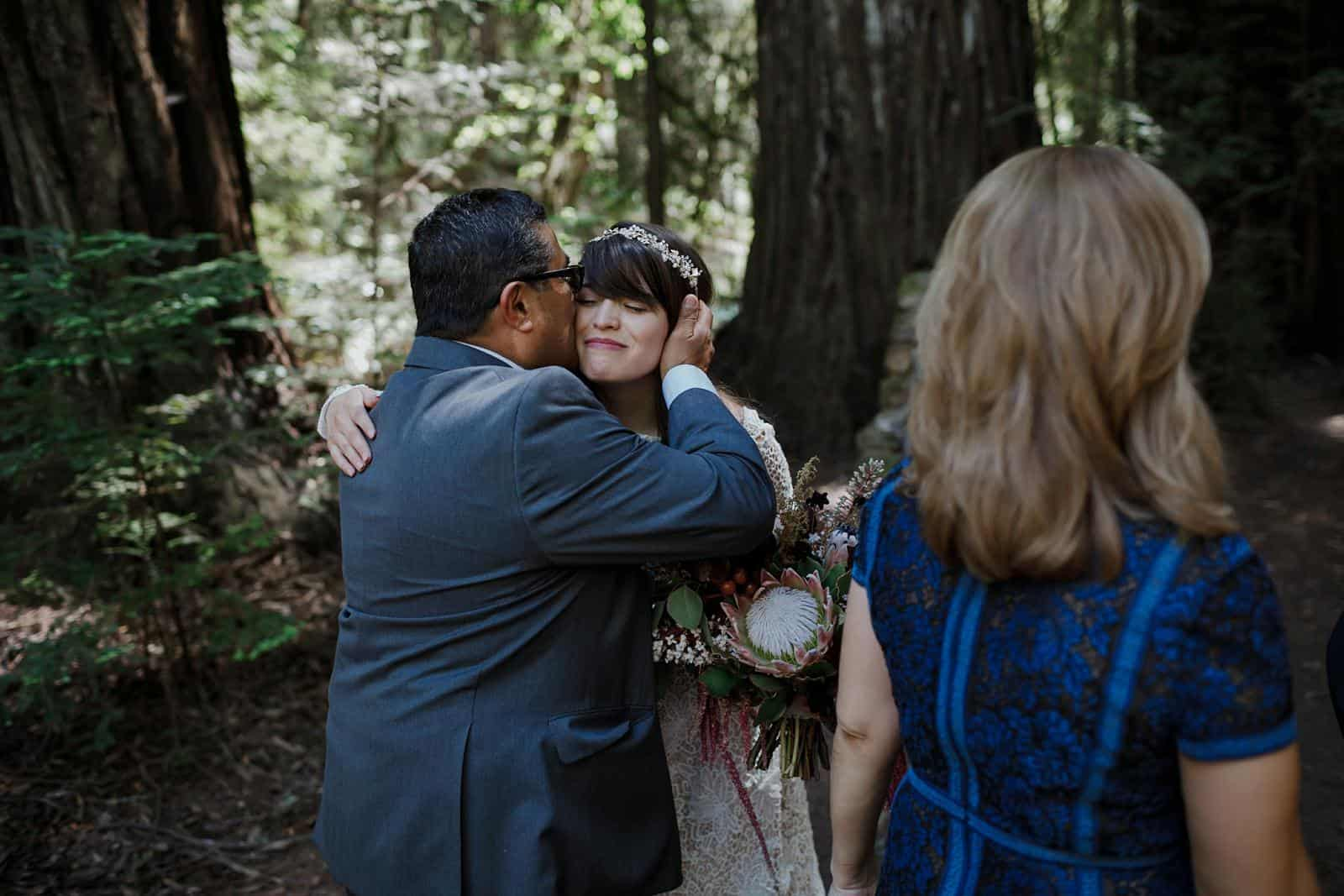 intimate-wedding-in-the-woods-sonoma_0037