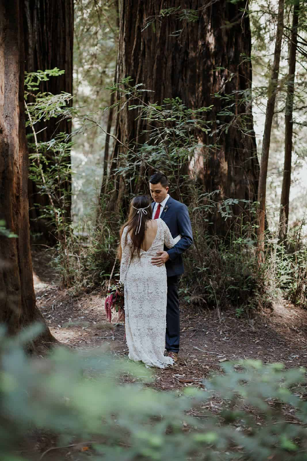 intimate-wedding-in-the-woods-sonoma_0042