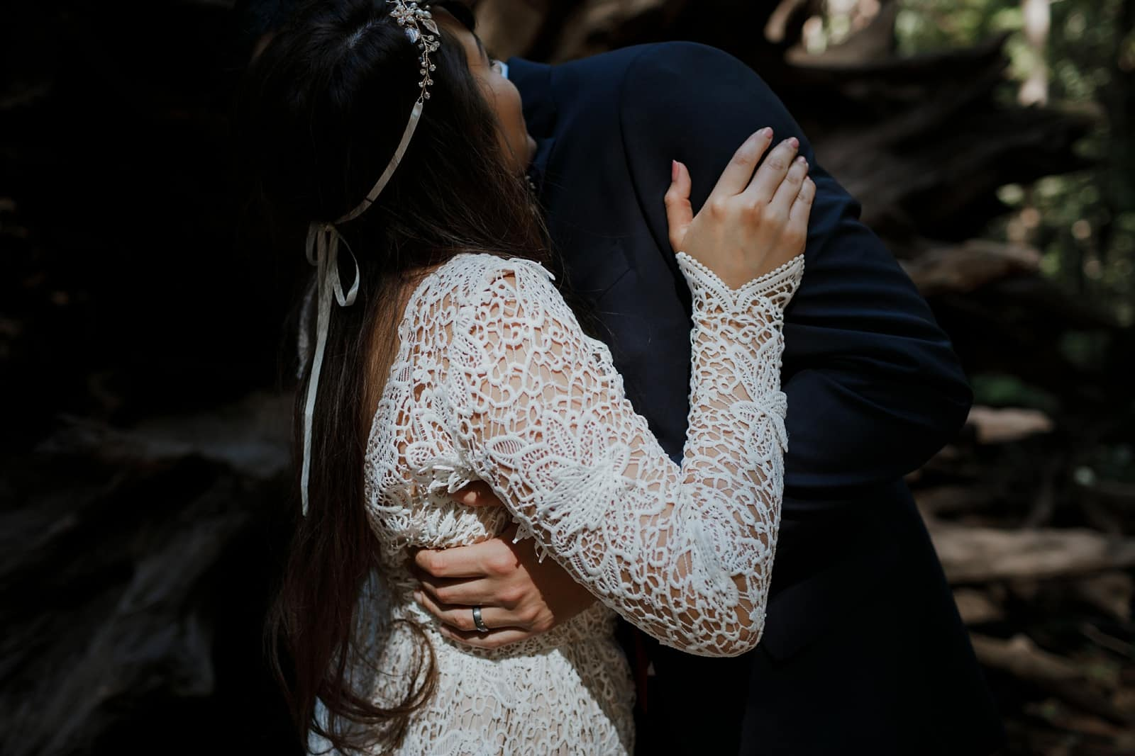 intimate-wedding-in-the-woods-sonoma_0048
