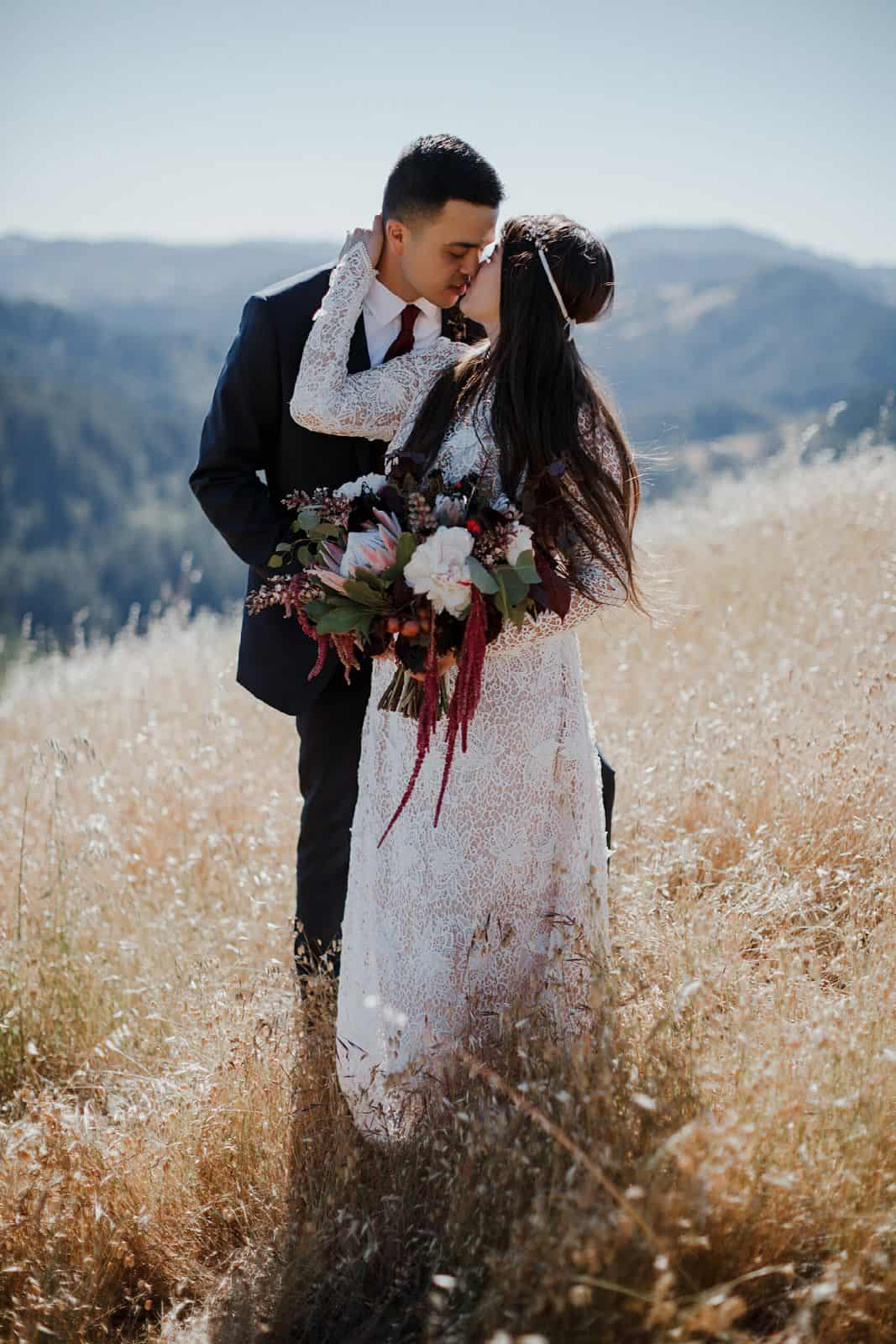 intimate-wedding-in-the-woods-sonoma_0060