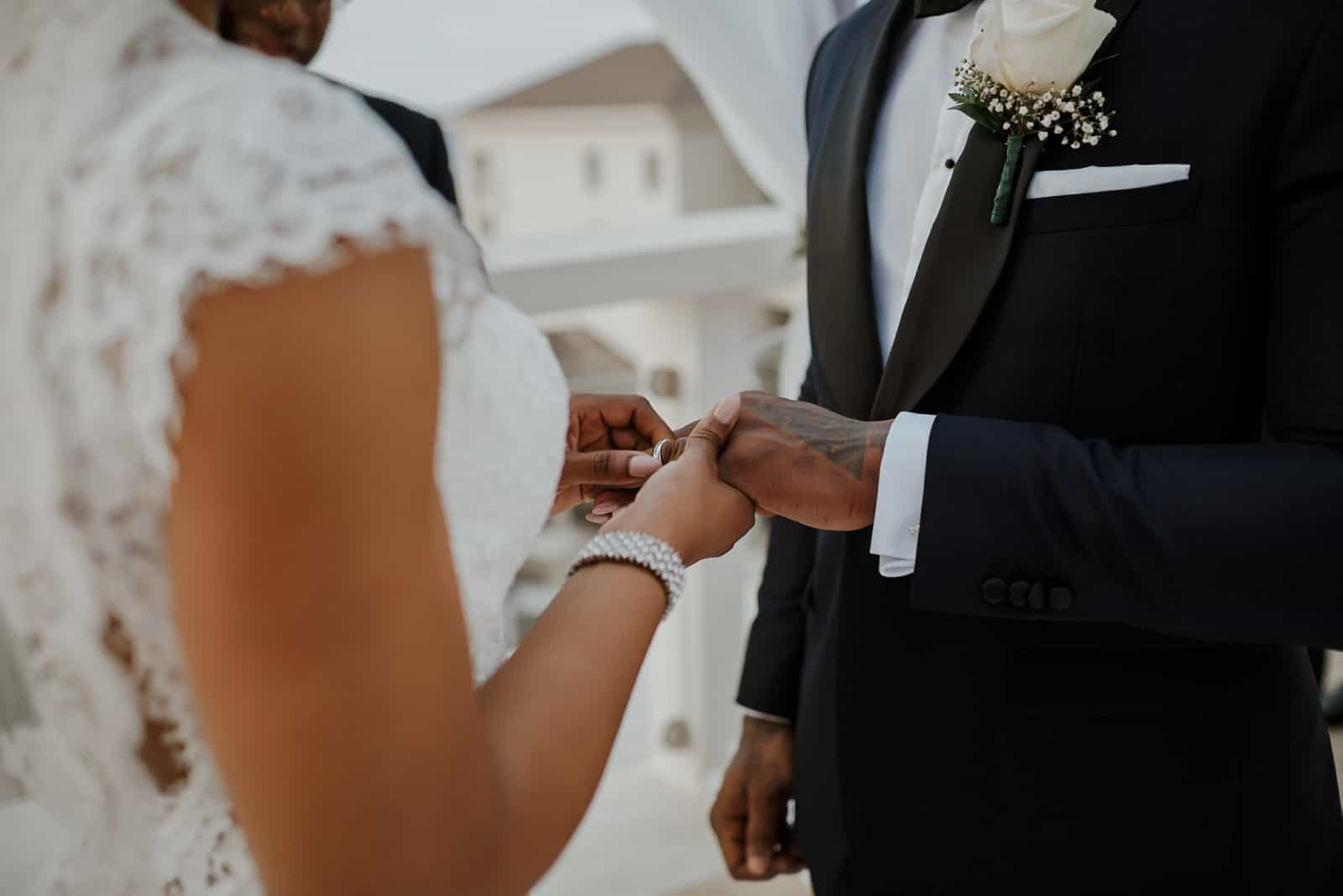 romantic-jamaica-destination-beach-wedding_0035