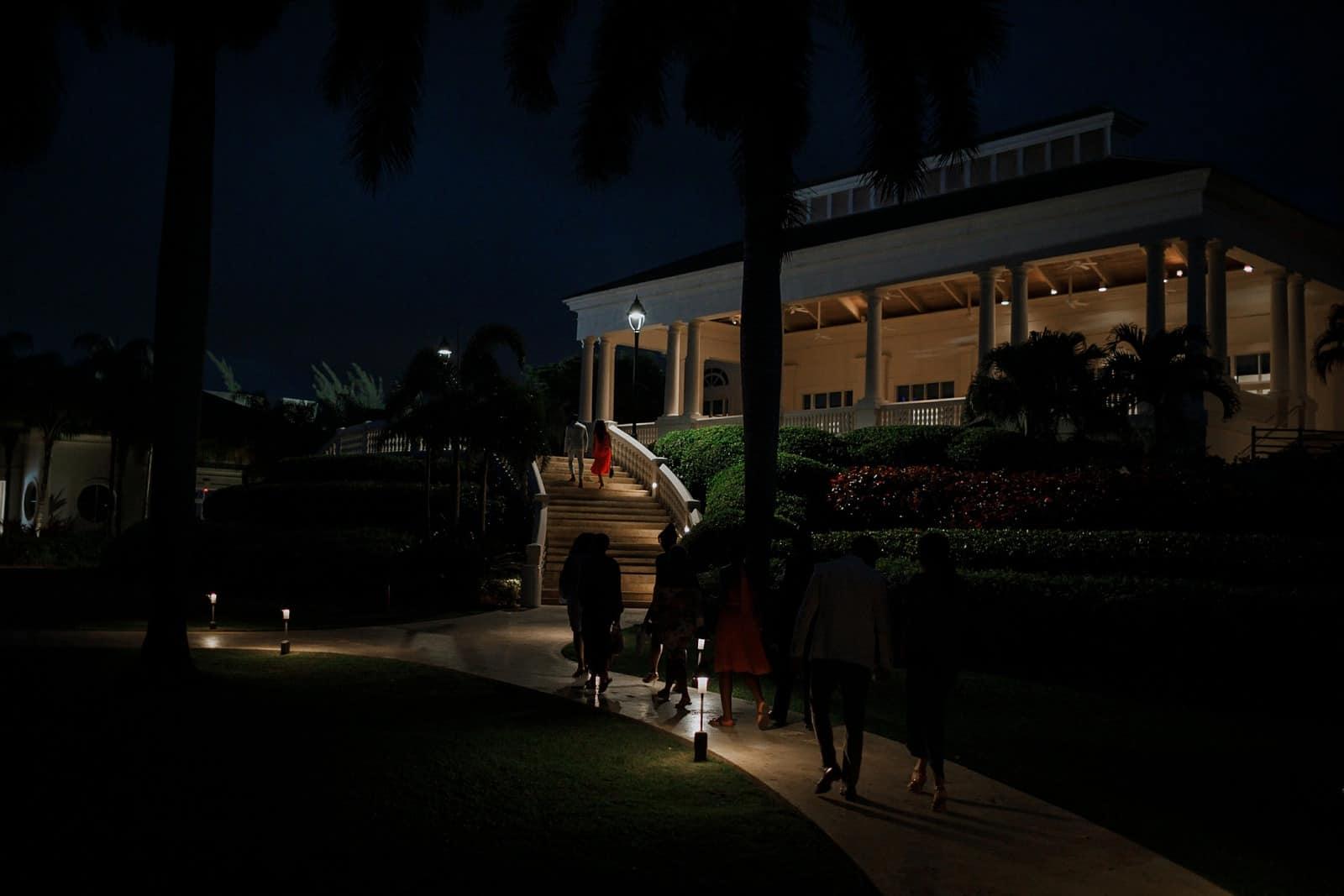 romantic-jamaica-destination-beach-wedding_0050