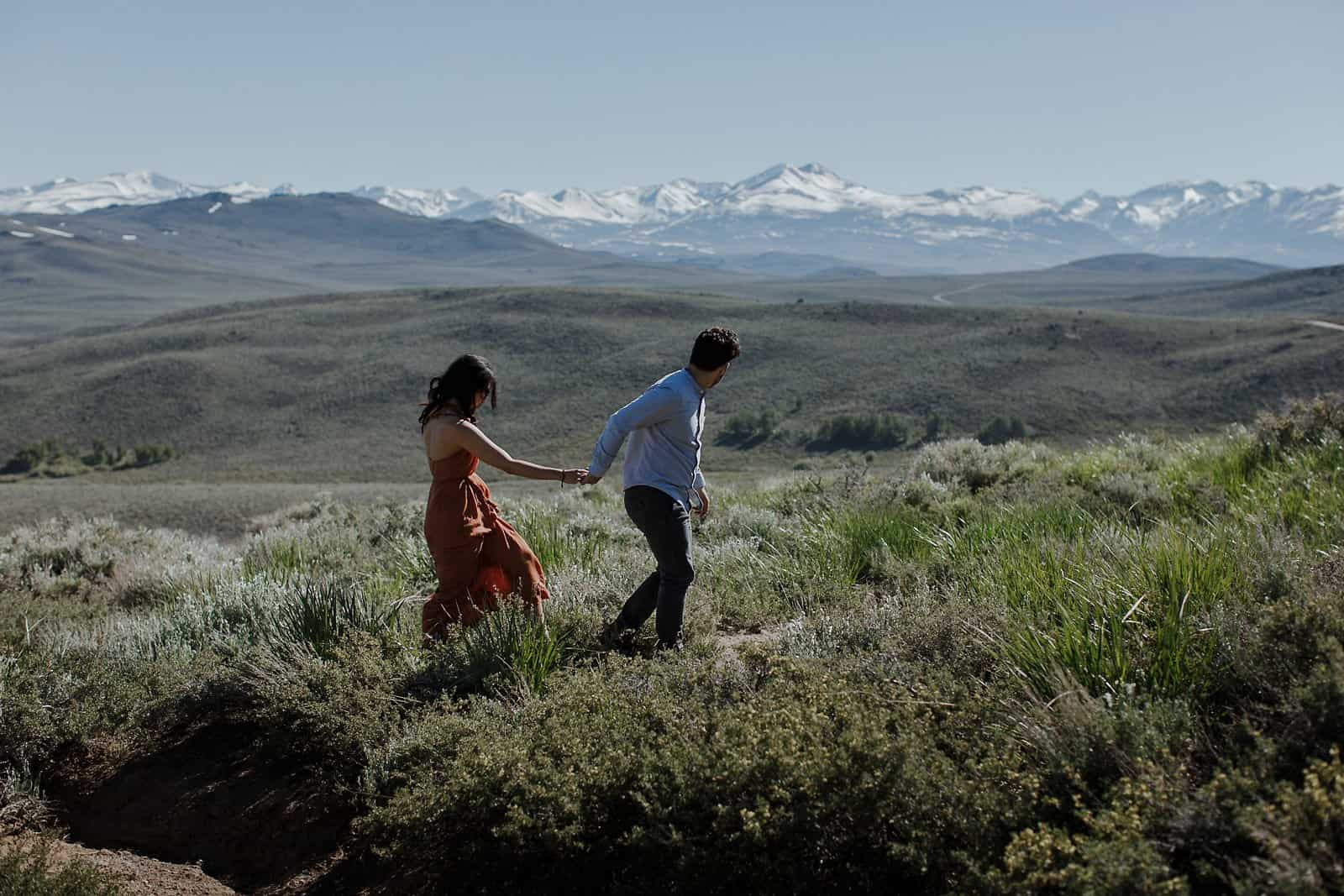 engagement session in the eastern sierra-2