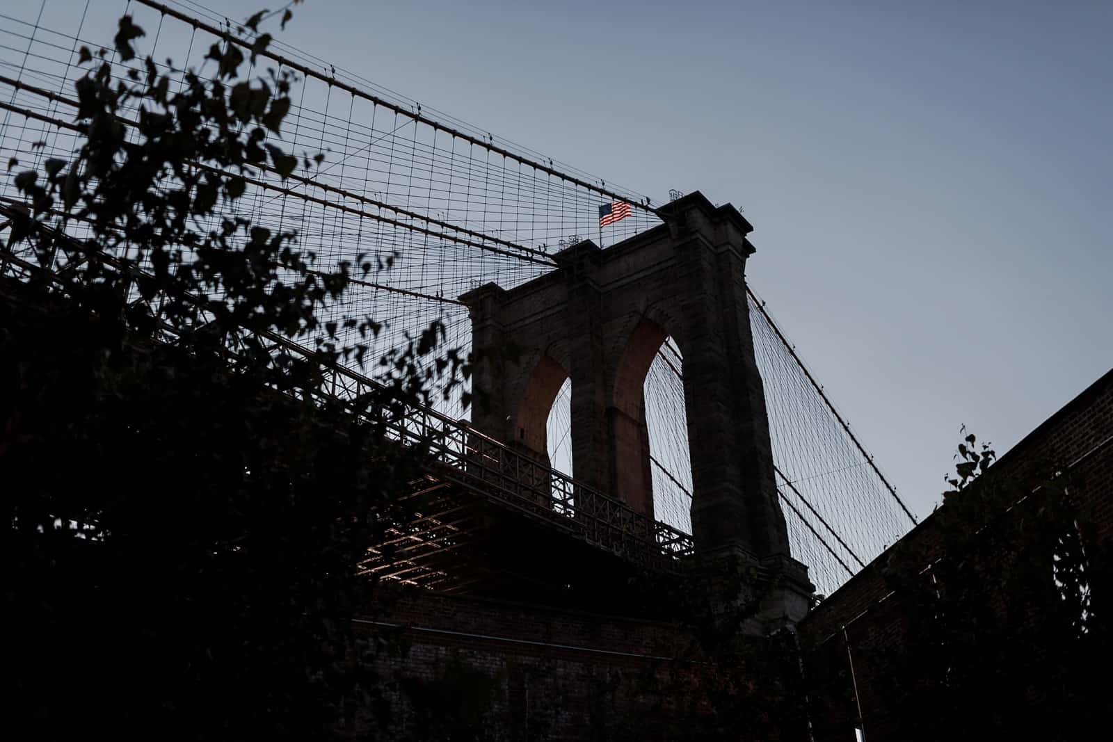 new york skyline and brooklyn engagement photography 0004