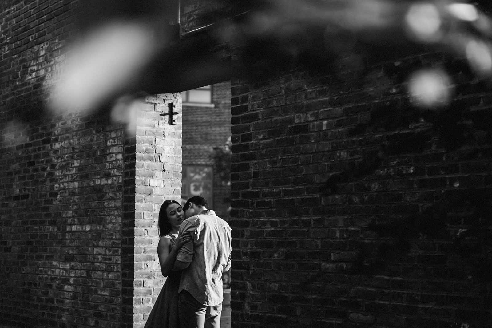 new york skyline and brooklyn engagement photography 0019