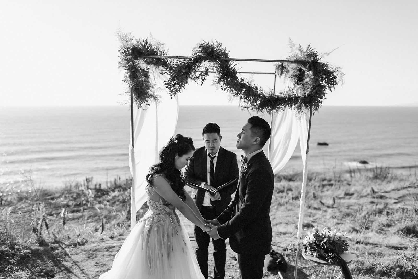 intimate coastal wedding san francisco 43