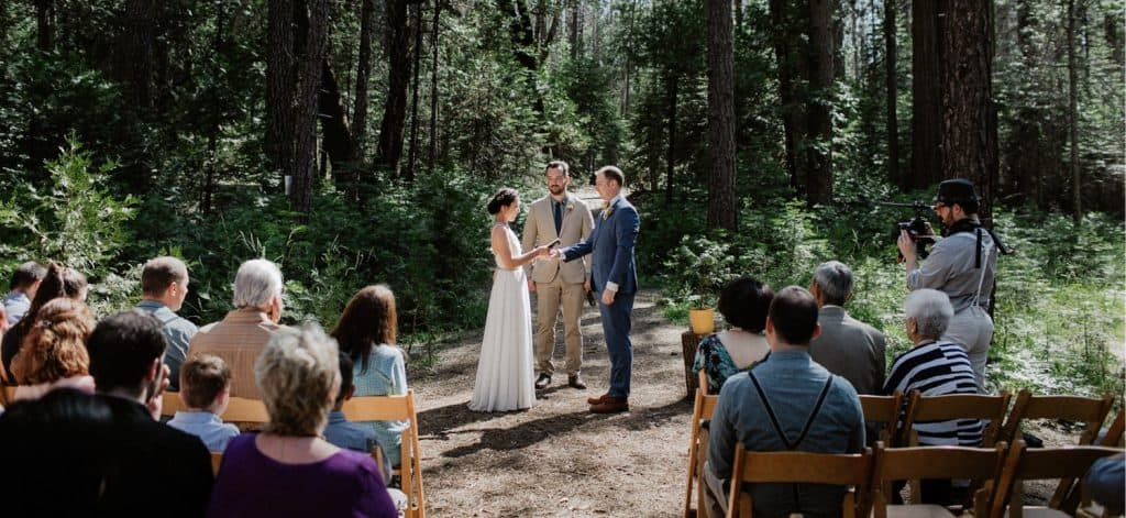 Yosemite Wedding Venues-Evergreen Lodge Wedding Photographer