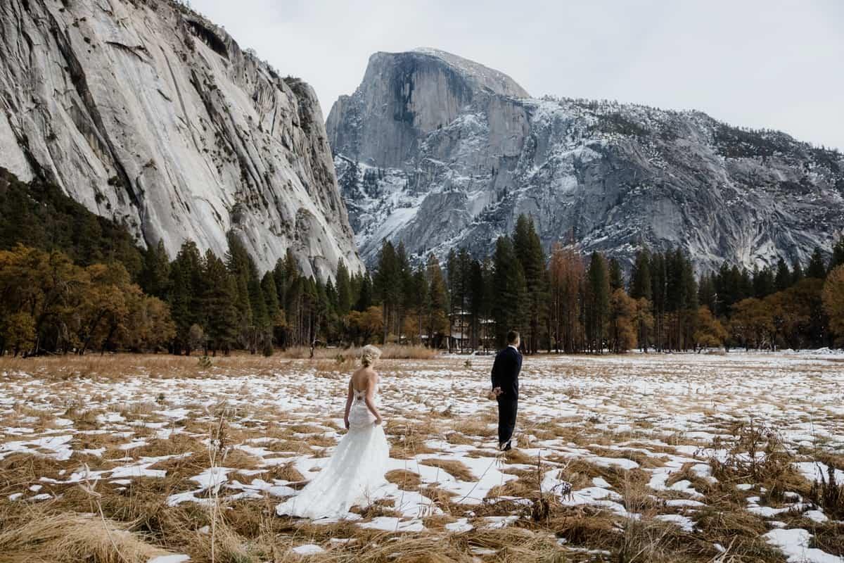 Stunning elopement first look in Yosemite valley